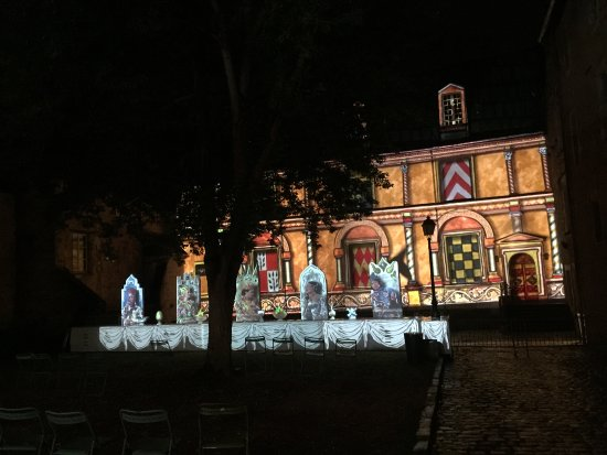 One of the many projections at La Nuit des Chimeres