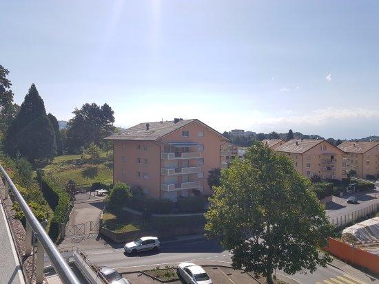 Ecublens, Suíça: balcony view