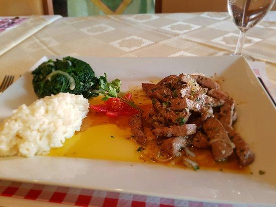 "Dubendorf, Switzerland: feine ""fegato alla veneziana"" ..."