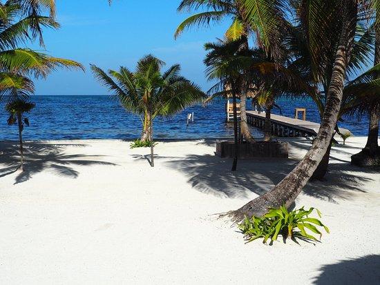 Potret White Sands Cove Resort