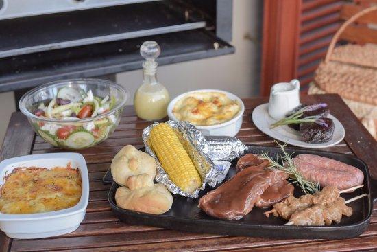 Lydenburg, South Africa: Dinner/Braai Basket for casual meal