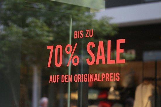 Montabaur, Đức: Neue Styles immer 30 - 70% reduzierte