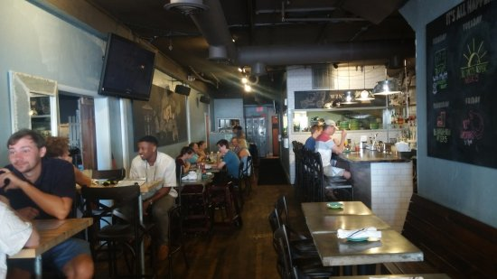 Marietta Food Tours: Inside the WR Social House