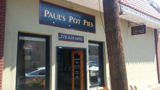 Marietta Food Tours: Outside Paul's