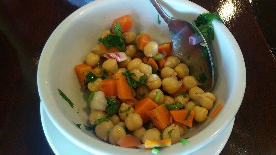 Marietta, GA: Fresh side salad.