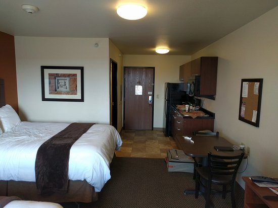Our Room Opposite End View Picture Of My Place Hotel Cheyenne Wy