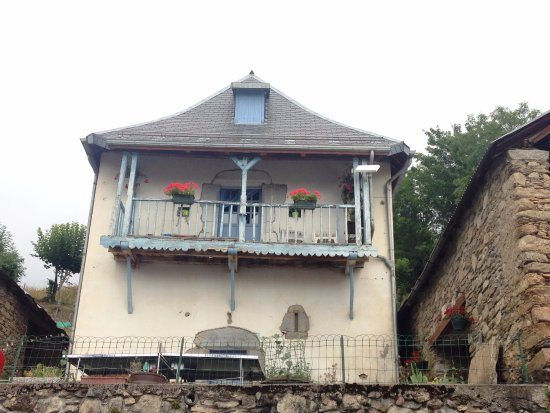 Gite auberge la soulan lodge reviews price comparison for Auberge de la maison tripadvisor