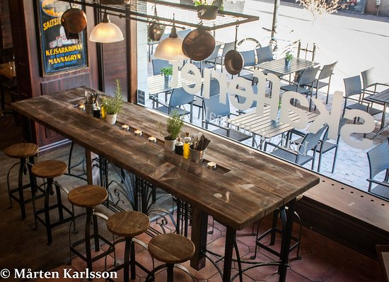 Νικόπινγκ, Σουηδία: Community table