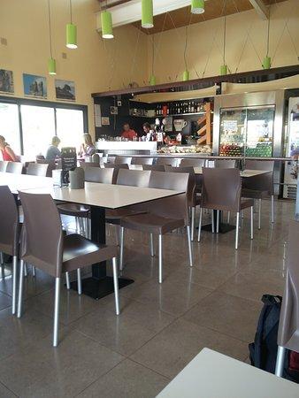 Restaurante torcal alto en antequera con cocina - Cocinas torcal ...