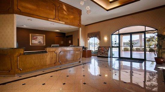 Interior - Picture of Best Western Ingram Park Inn, San Antonio - Tripadvisor