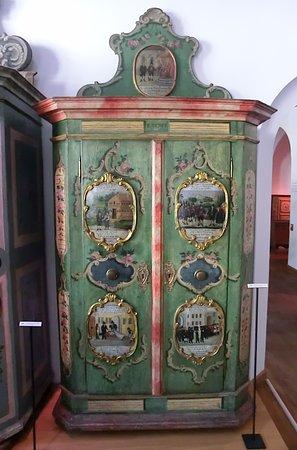 Poele Tyrolien En Faience Photo De Tyrolean Folk Art Museum Innsbruck Tripadvisor