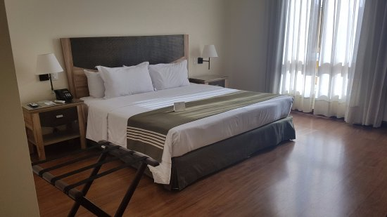 LP Los Portales Hotel Piura Photo