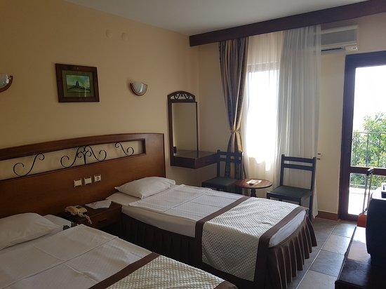 Hotel Club Phellos: 20170819_145424_large.jpg