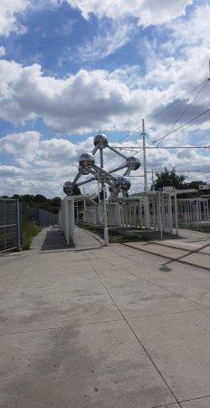 Atomium : Snapchat-2147186488_large.jpg