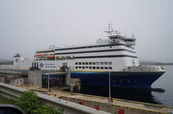 North Sydney, Canada: ferry