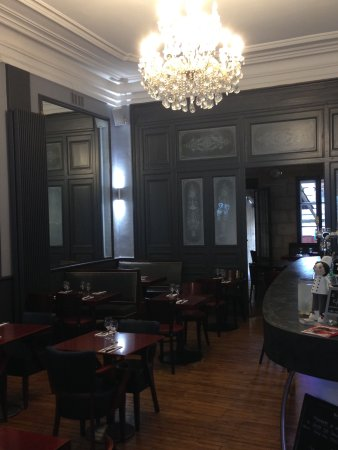 Libourne, Francia: salle interieure du restaurant
