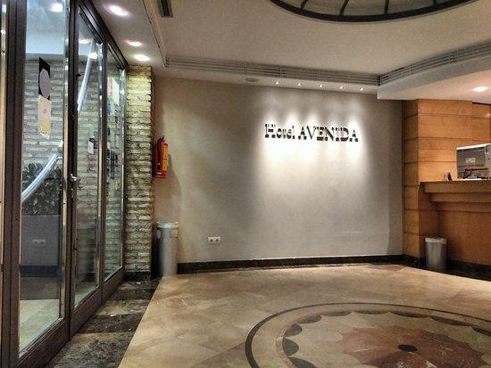 Hotel Avenida: TA_IMG_20170822_202909_large.jpg