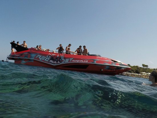 Rhodes, Greece: Red Bull Jet (just perfect)