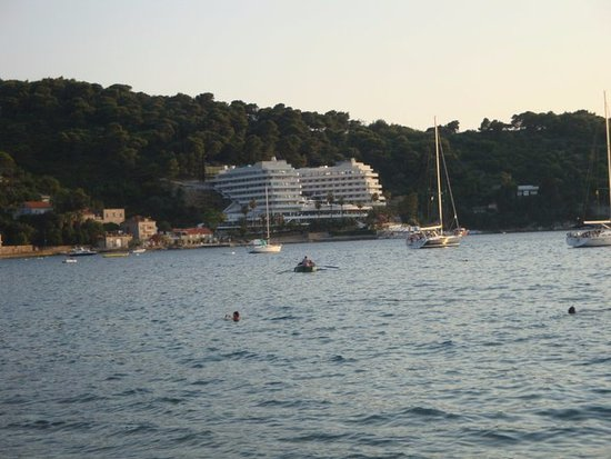 Lafodia Hotel & Resort: View of the hotel from the transfer to the hotel