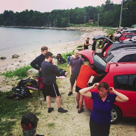 Dartmouth, Kanada: Gearing up