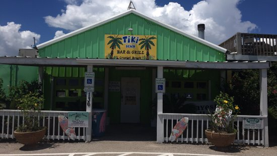 Tiki Beach Bar and Grill: photo1.jpg