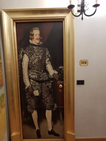 Hotel Vasari Palace: Дверь в номер
