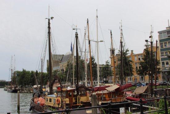 Westerkade: port