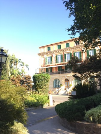 The Most Wonderful Hotel In Sorrento - Truly Exceptional