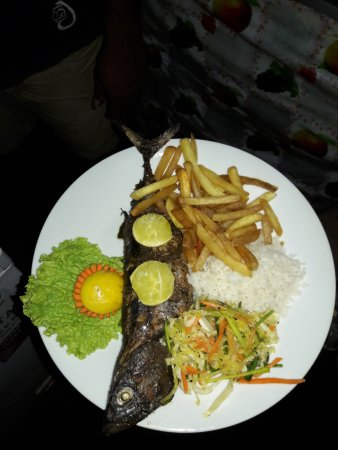 Babas Rotyshop: grilled full fish