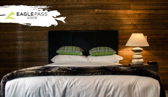 Eagle Pass Lodge: Comfort at its finest.
