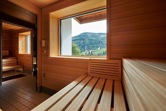 Hotel-Restaurant Alpenblume: neuer Wellnessbereich mit verschied. Saunen, Dampfbad, Whirlpool und Ruheraum