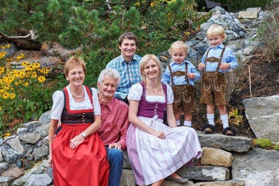 Hotel-Restaurant Alpenblume: Gastgeberfamilie Kohler und Türtscher