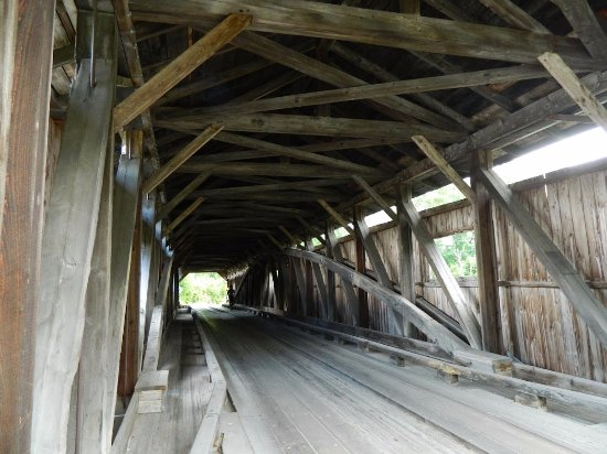 Cambridge Junction Covered Bridge: Looking at the inside if Poland Bridge