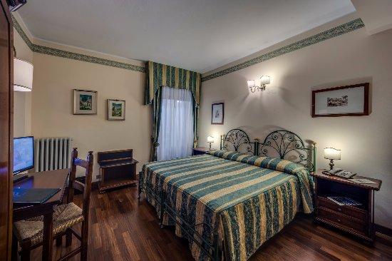 Hotel Gardesana: Camera standard
