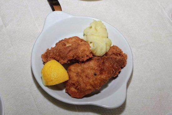 Archontariki (Taverna Ouzeri Restaurant): μπακαλιάρος για μεζέ