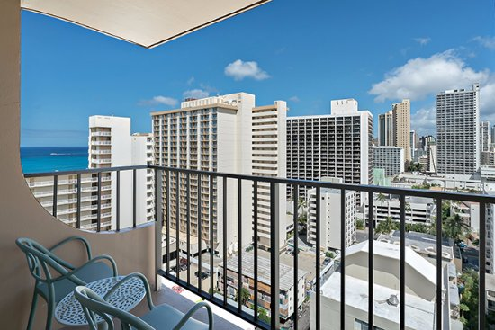 Queen Kapiolani Hotel 113 2 7 3 Updated 2018 Prices Reviews Hawaii Honolulu Tripadvisor