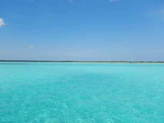Chichi Charters: El Cielo Snorkeling Spot