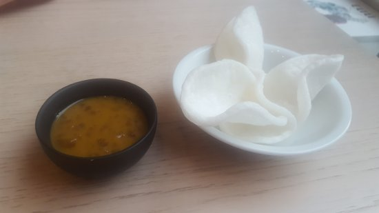 Why Thai food&wine: Prawn Crackers with Satay Dip