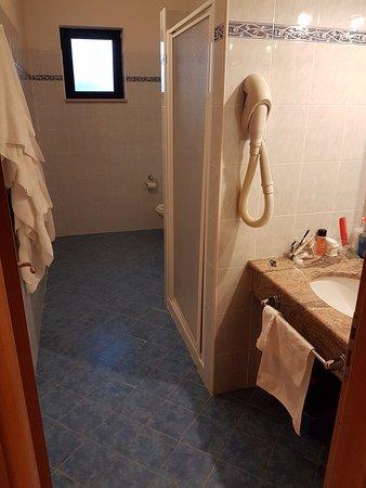 Bagno Con Cabina Doccia.Bagno Con Cabina Doccia Bidet Wc E Lavandino Foto Di Villaggio