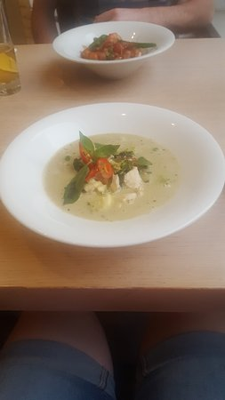 Why Thai food&wine: Thai Green Curry with rice