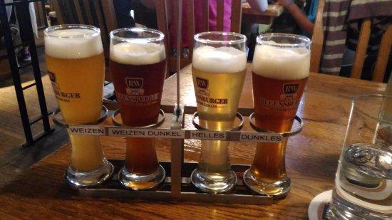 Regensburger Weissbrauhaus: assaggio di birre alla spina