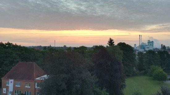 Altes Stahlwerk Business & Lifestyle Hotel: Sonnenaufgang morgens um halb sechs