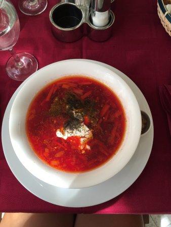 Restoran Stari Barin: Delicious Russian Borsch soup
