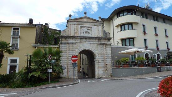Porta S. Giovanni di Salò