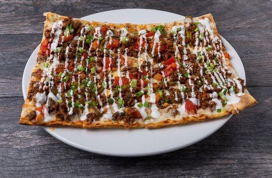 Pita Jungle: Kafta Pizza