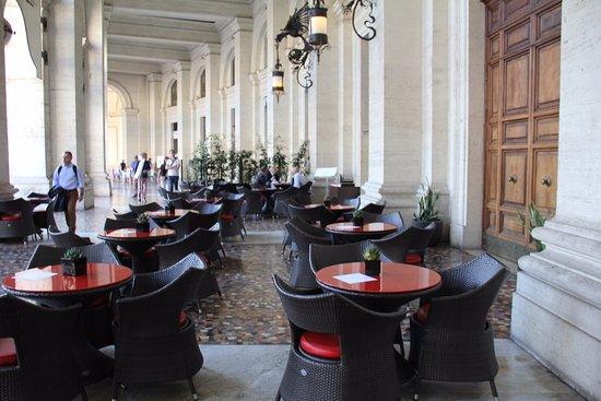 Palazzo Naiadi, The Dedica Anthology: Outside area of hotel