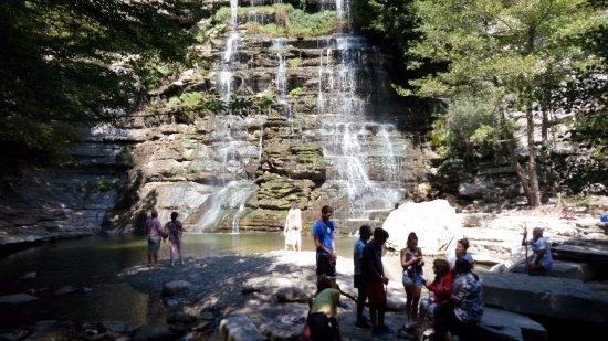 Alfero, Italy: cascata alfarello 1