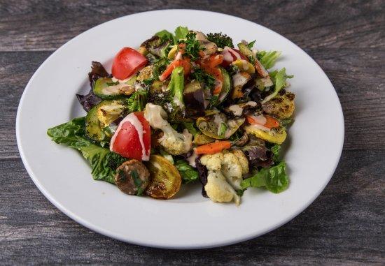 Pita Jungle: Wood Fired Vegetable Salad