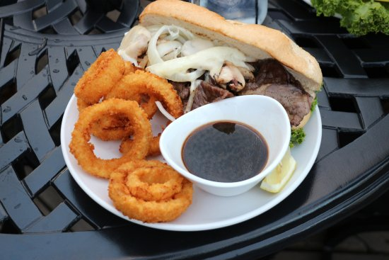 Knife River, Миннесота: Emily's Eatery - French Dip