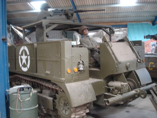 Armourgeddon Military Vehicle Museum: American multi purpose tractor